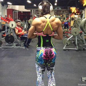 hot chick with muscular body and muscle legs picture from linkedin