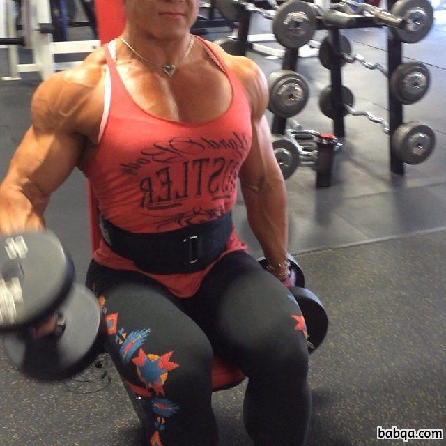 awesome girl with muscular body and toned arms post from linkedin