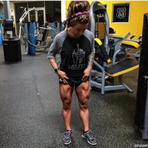 hottest woman with strong body and toned legs photo from g+