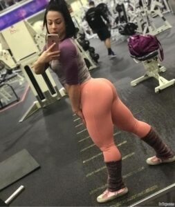 sexy chick with muscle body and toned ass post from facebook