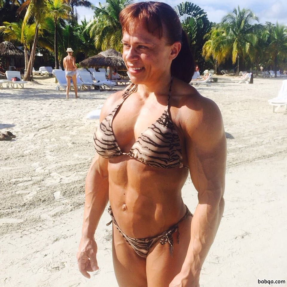 awesome woman with strong body and toned biceps image from flickr