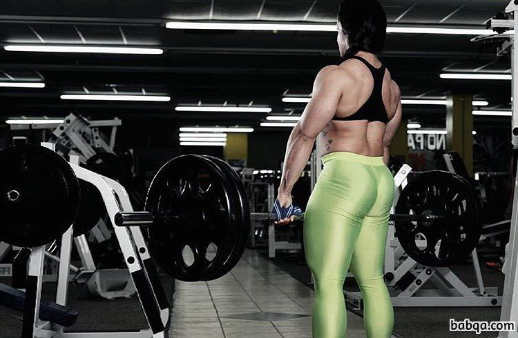 perfect chick with muscle body and toned legs post from g+