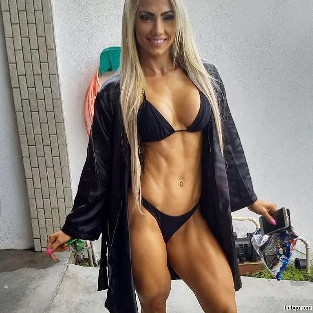 beautiful woman with strong body and toned legs photo from reddit