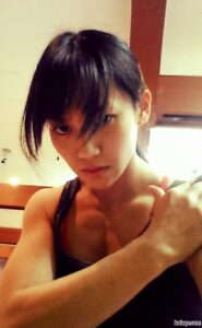 hottest babe with strong body and muscle arms image from g+