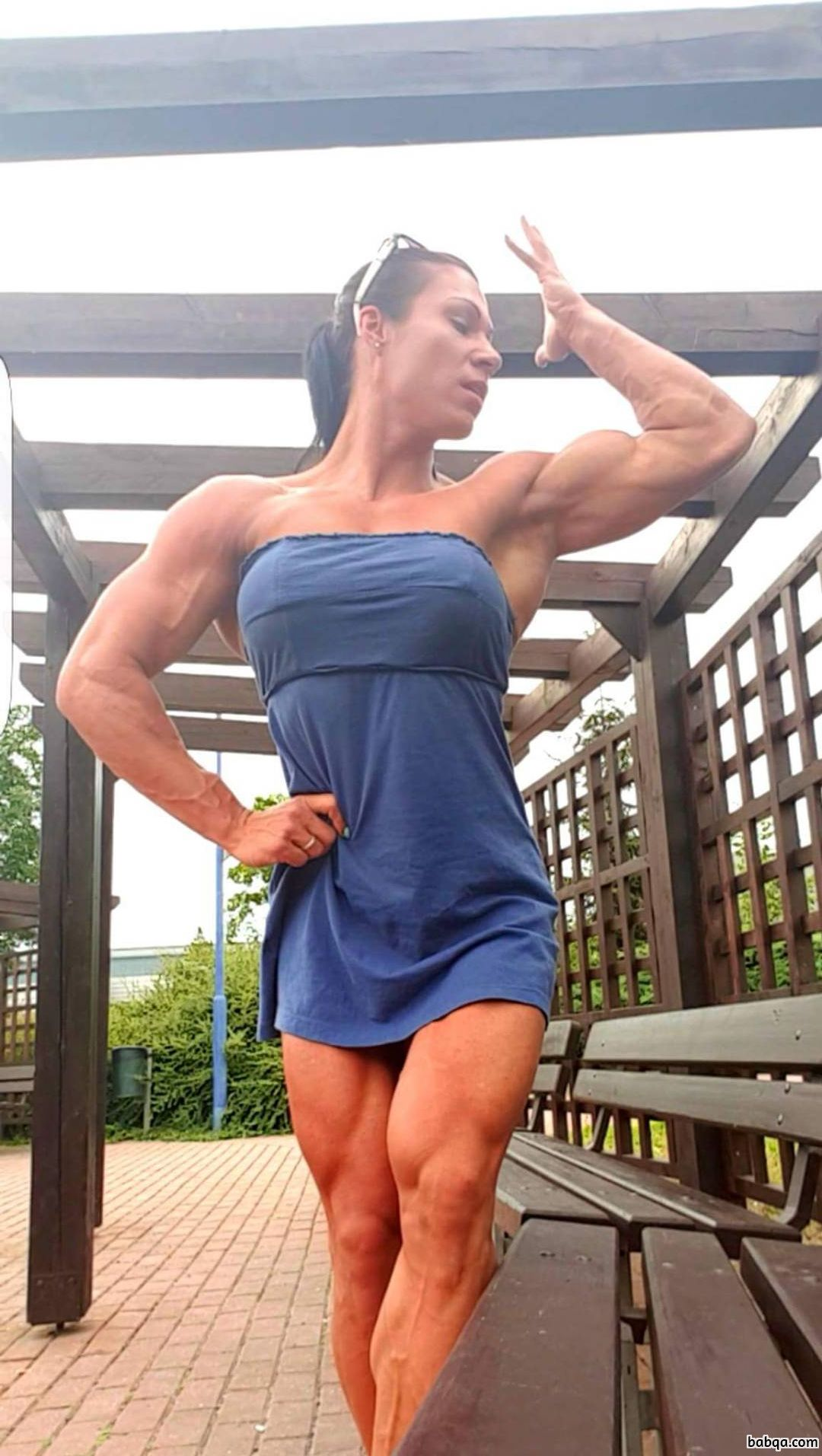 awesome female bodybuilder with muscle body and toned legs photo from g+