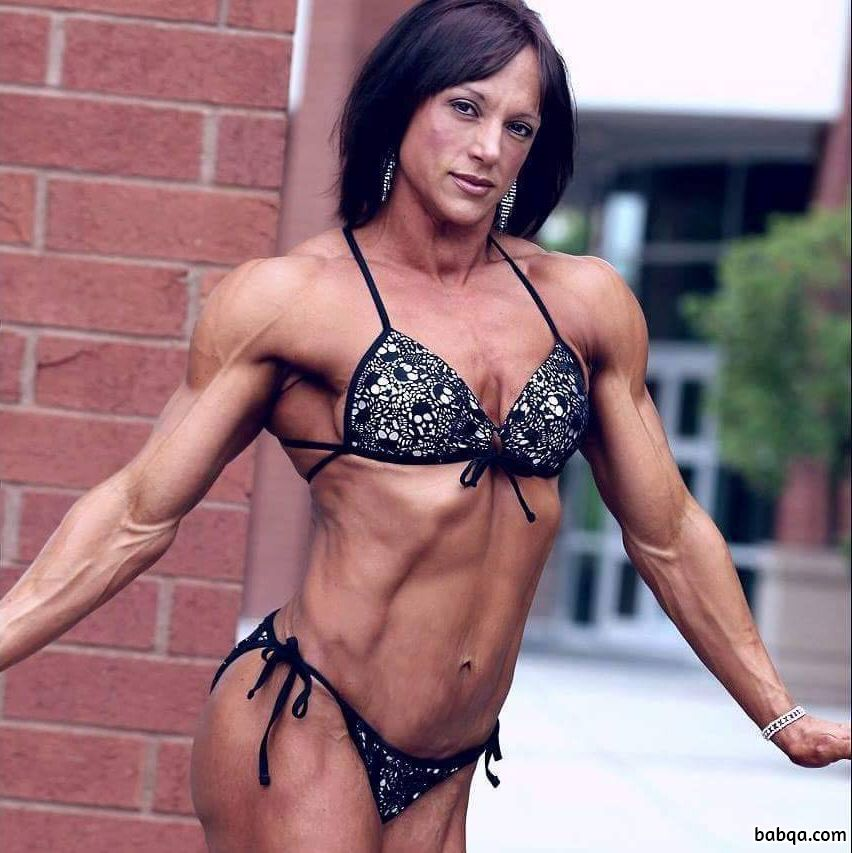 sexy female bodybuilder with muscle body and muscle ass pic from flickr