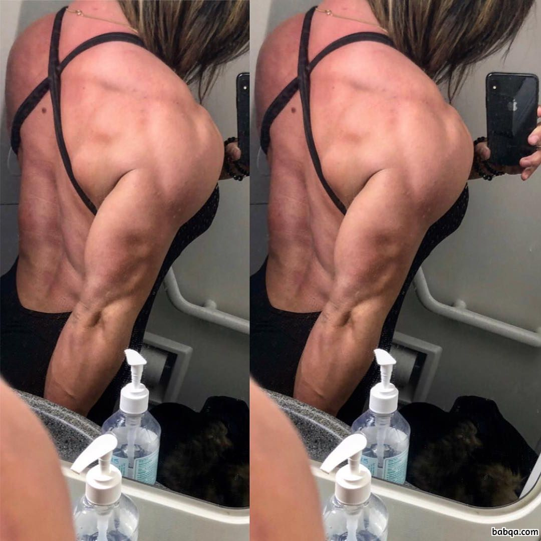 cute woman with strong body and toned biceps post from g+