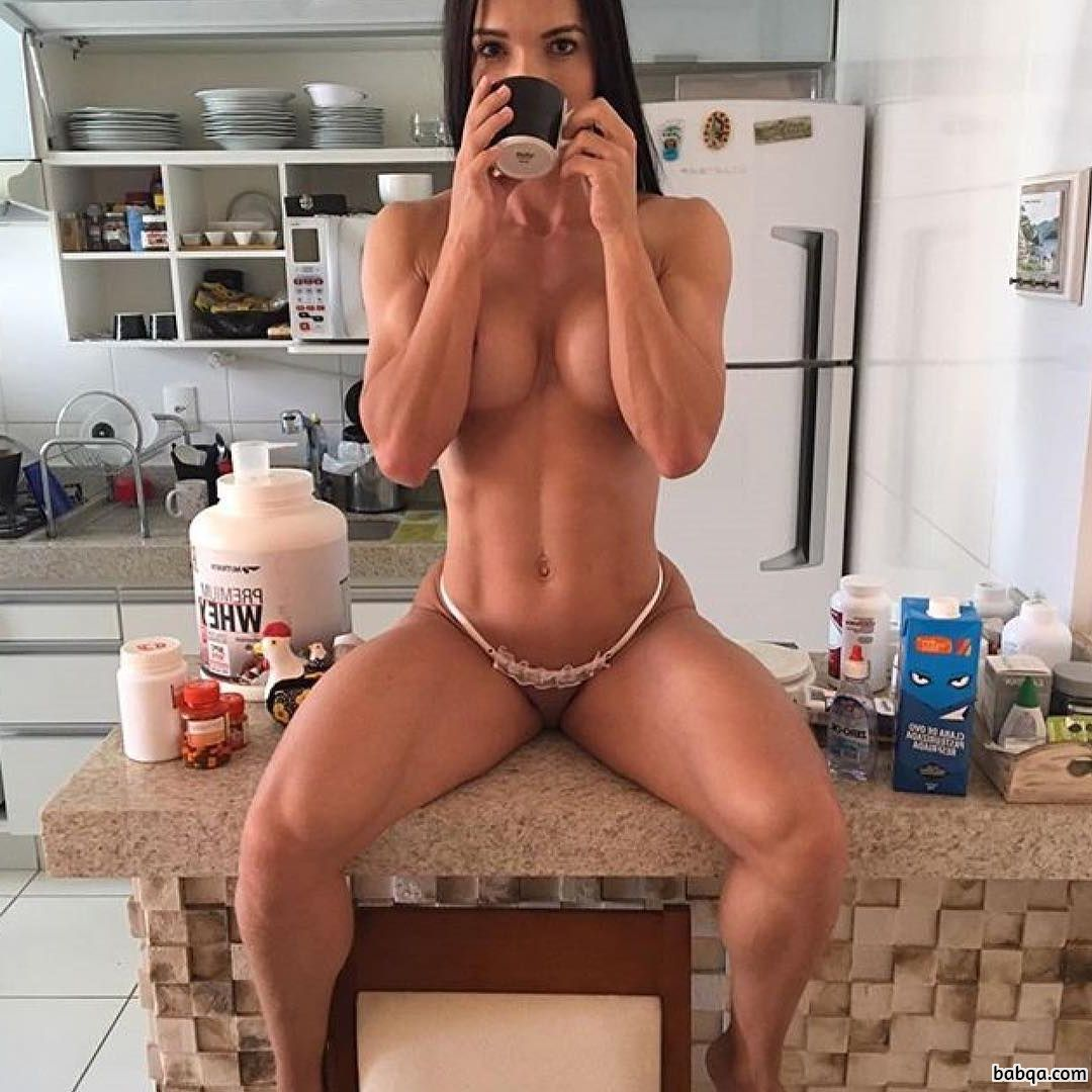 spicy female bodybuilder with muscular body and muscle bottom picture from insta