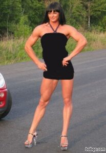 spicy chick with muscle body and toned arms pic from flickr