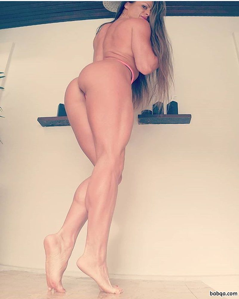 beautiful woman with muscular body and muscle biceps post from g+