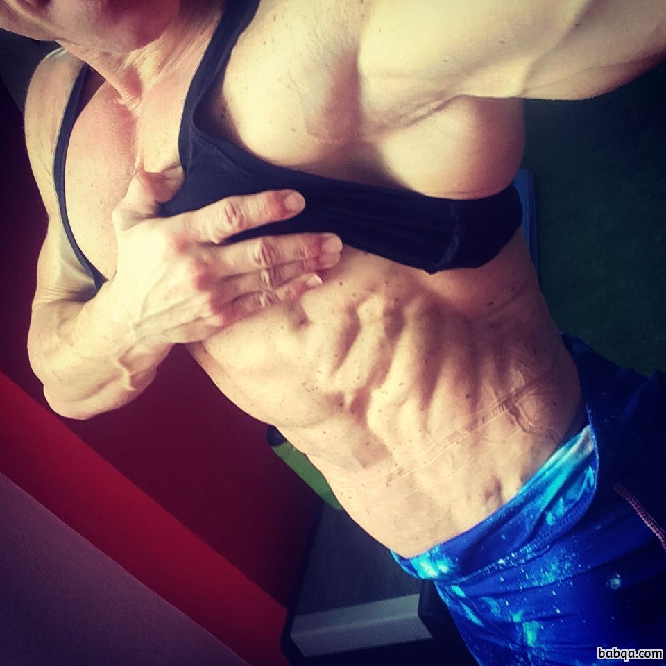 spicy female bodybuilder with strong body and muscle ass pic from linkedin
