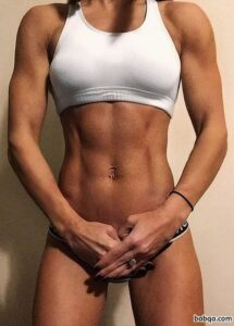 hottest lady with muscle body and toned bottom pic from facebook