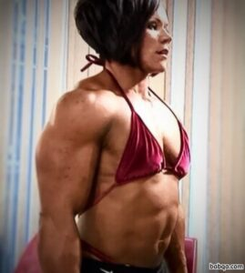 perfect female bodybuilder with strong body and toned bottom post from g+
