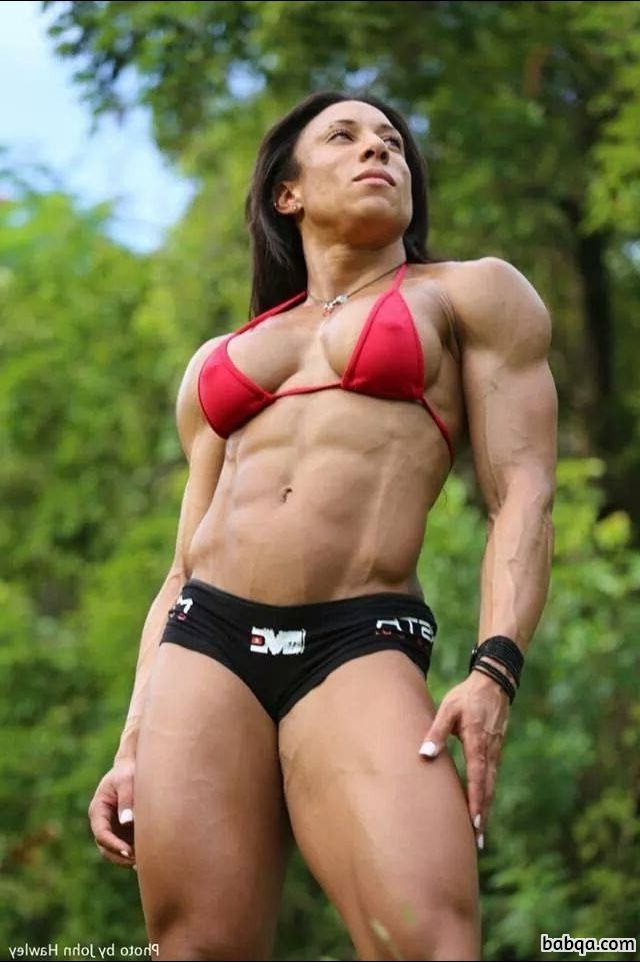 beautiful woman with fitness body and muscle arms post from tumblr