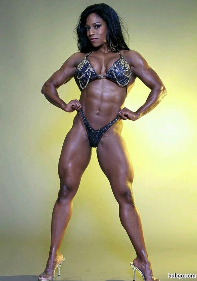 hot chick with fitness body and muscle booty image from flickr
