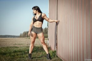 awesome female bodybuilder with muscle body and muscle legs image from linkedin