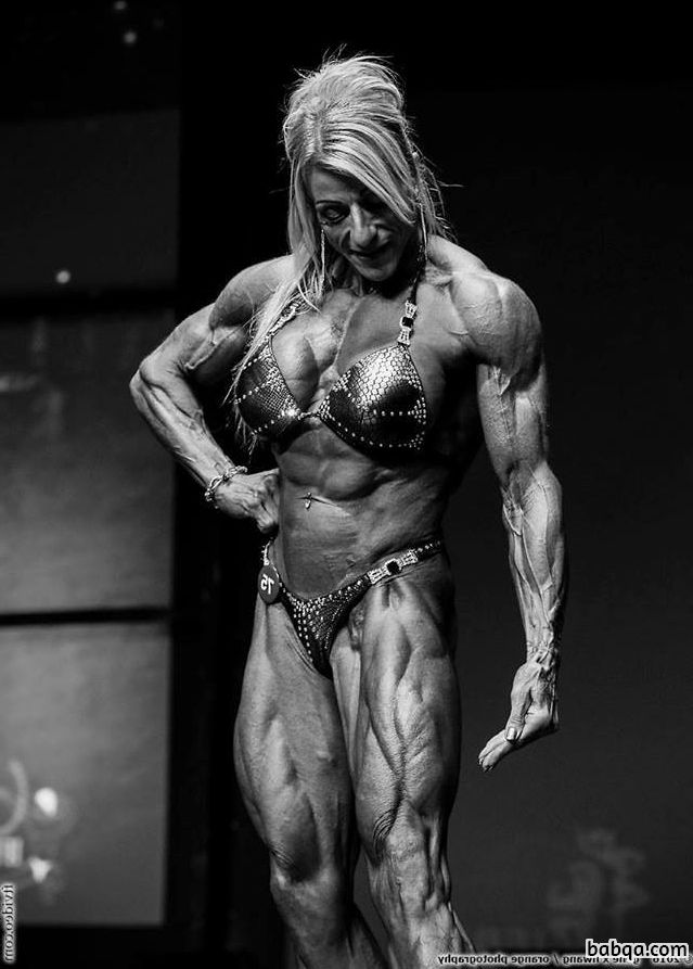 hottest female bodybuilder with strong body and toned bottom photo from instagram