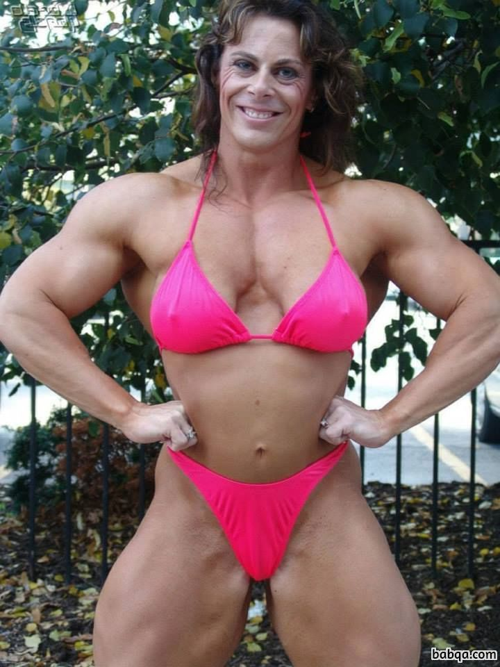 perfect female bodybuilder with strong body and muscle bottom picture from instagram