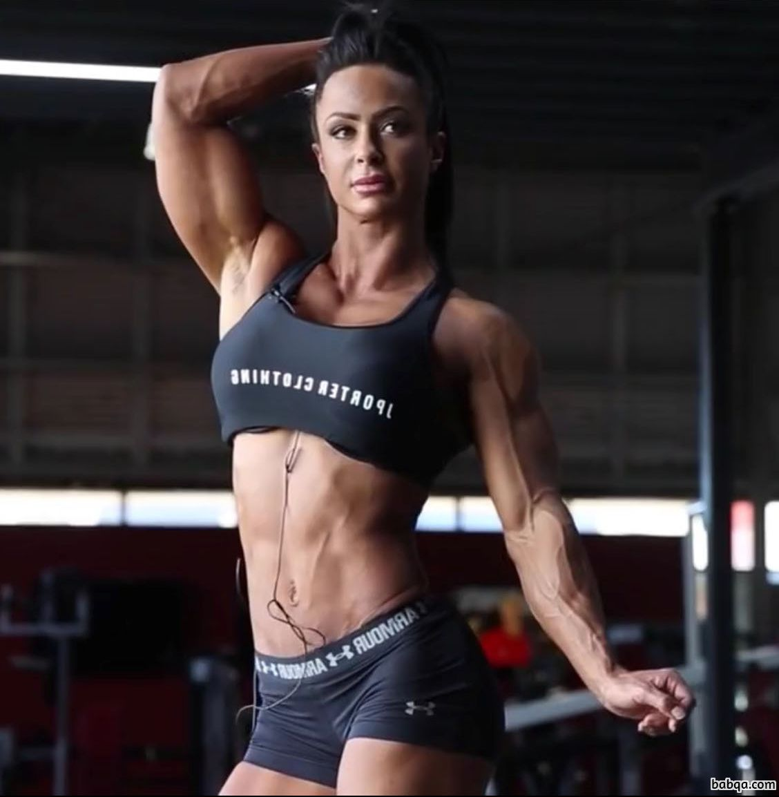 hottest chick with fitness body and toned arms pic from g+