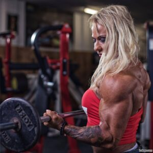 spicy female bodybuilder with strong body and toned biceps pic from g+