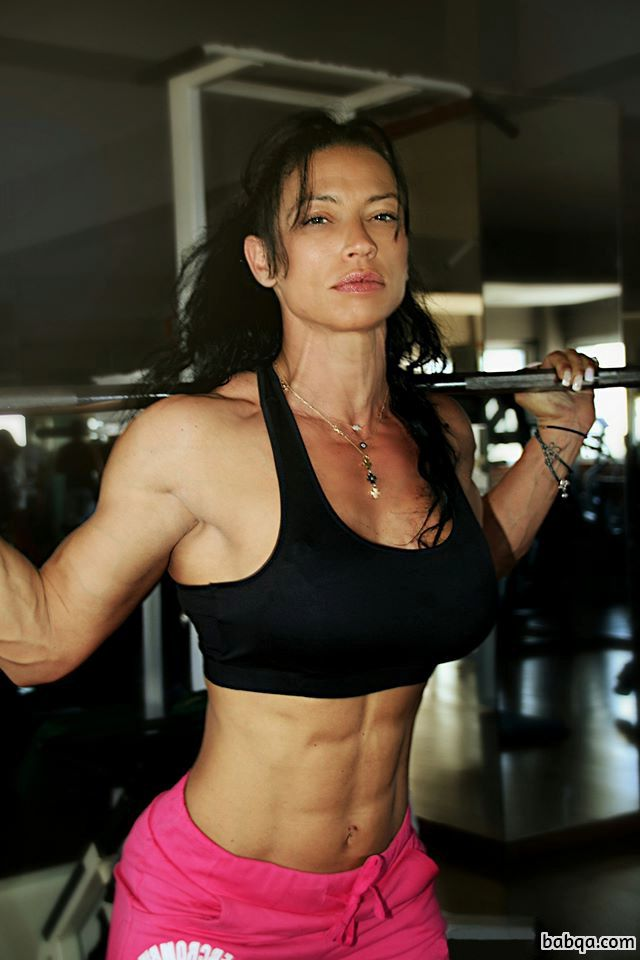 awesome girl with muscular body and muscle legs image from g+