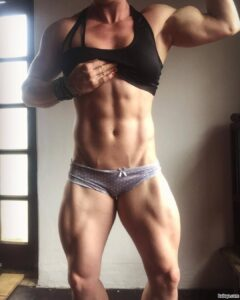 hottest chick with strong body and toned arms photo from g+