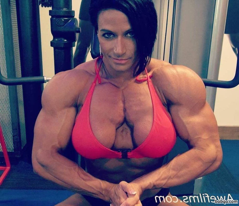 awesome female with muscle body and toned legs image from linkedin