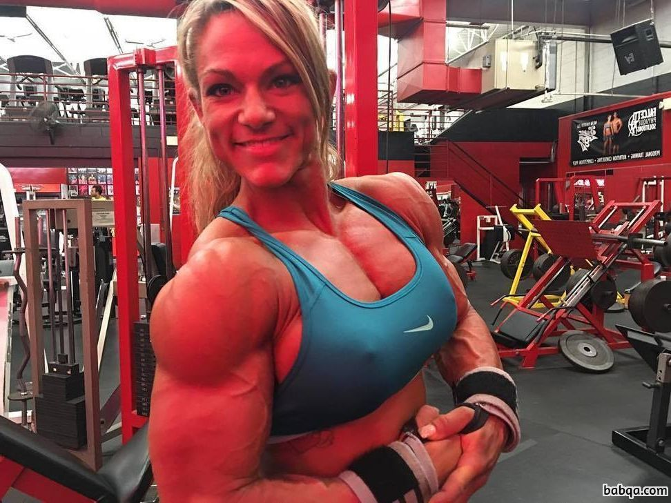 awesome chick with muscular body and toned arms picture from g+