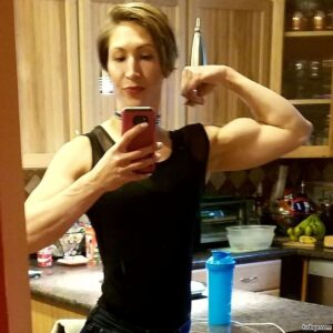 sexy female bodybuilder with muscle body and toned bottom pic from g+