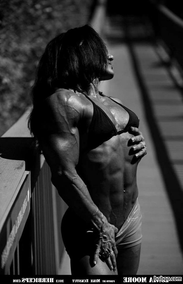 perfect lady with muscle body and toned arms pic from facebook