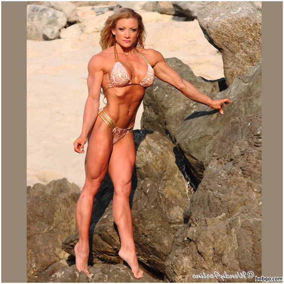hottest chick with muscular body and muscle biceps picture from linkedin
