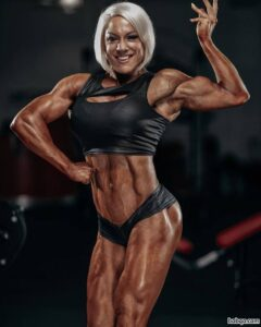 perfect girl with muscle body and muscle legs photo from facebook