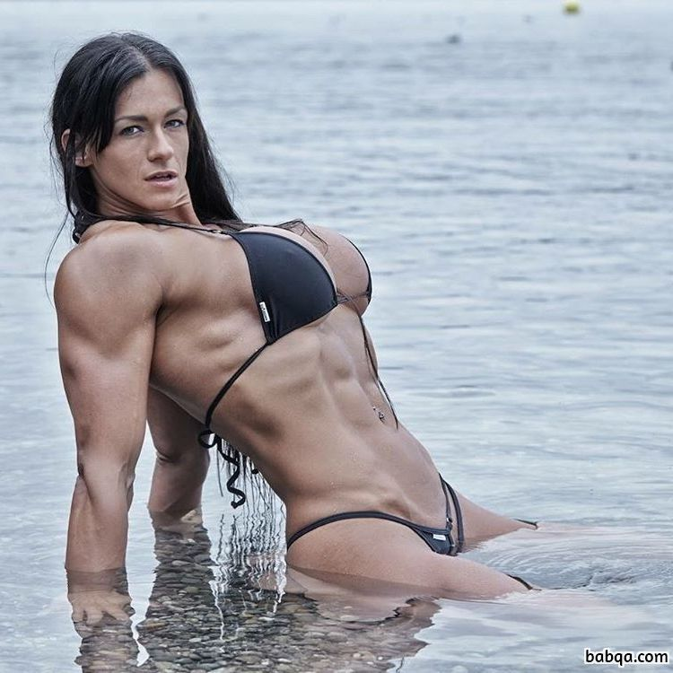 awesome female bodybuilder with muscular body and toned booty photo from instagram