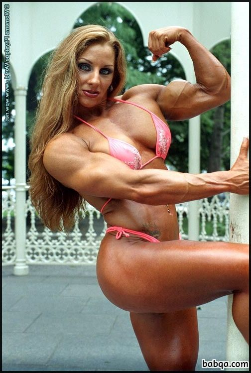 spicy female bodybuilder with fitness body and toned legs post from g+