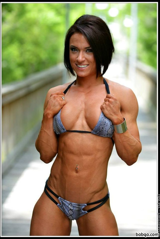 hot chick with muscular body and muscle legs image from linkedin