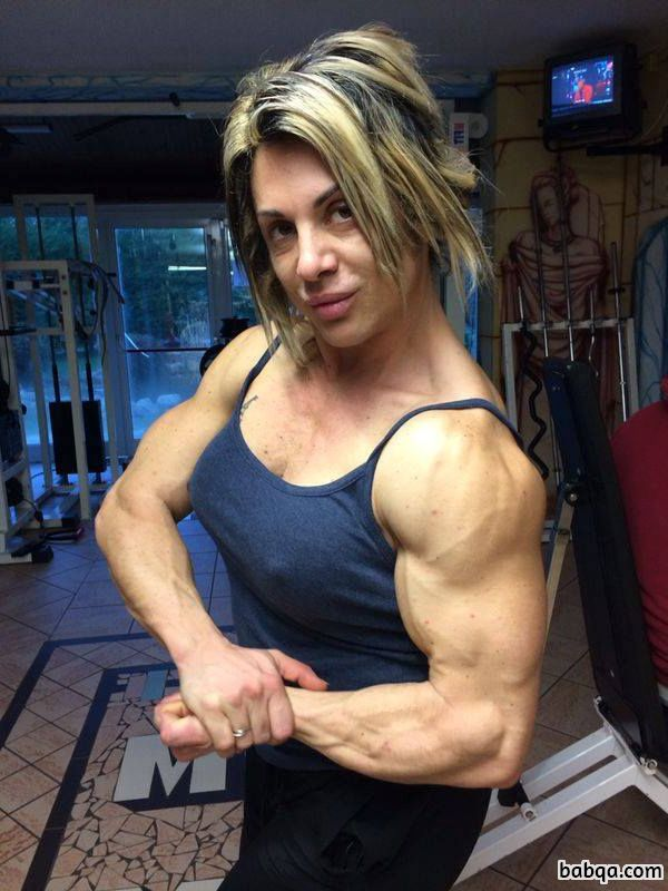 sexy female bodybuilder with strong body and toned biceps picture from insta