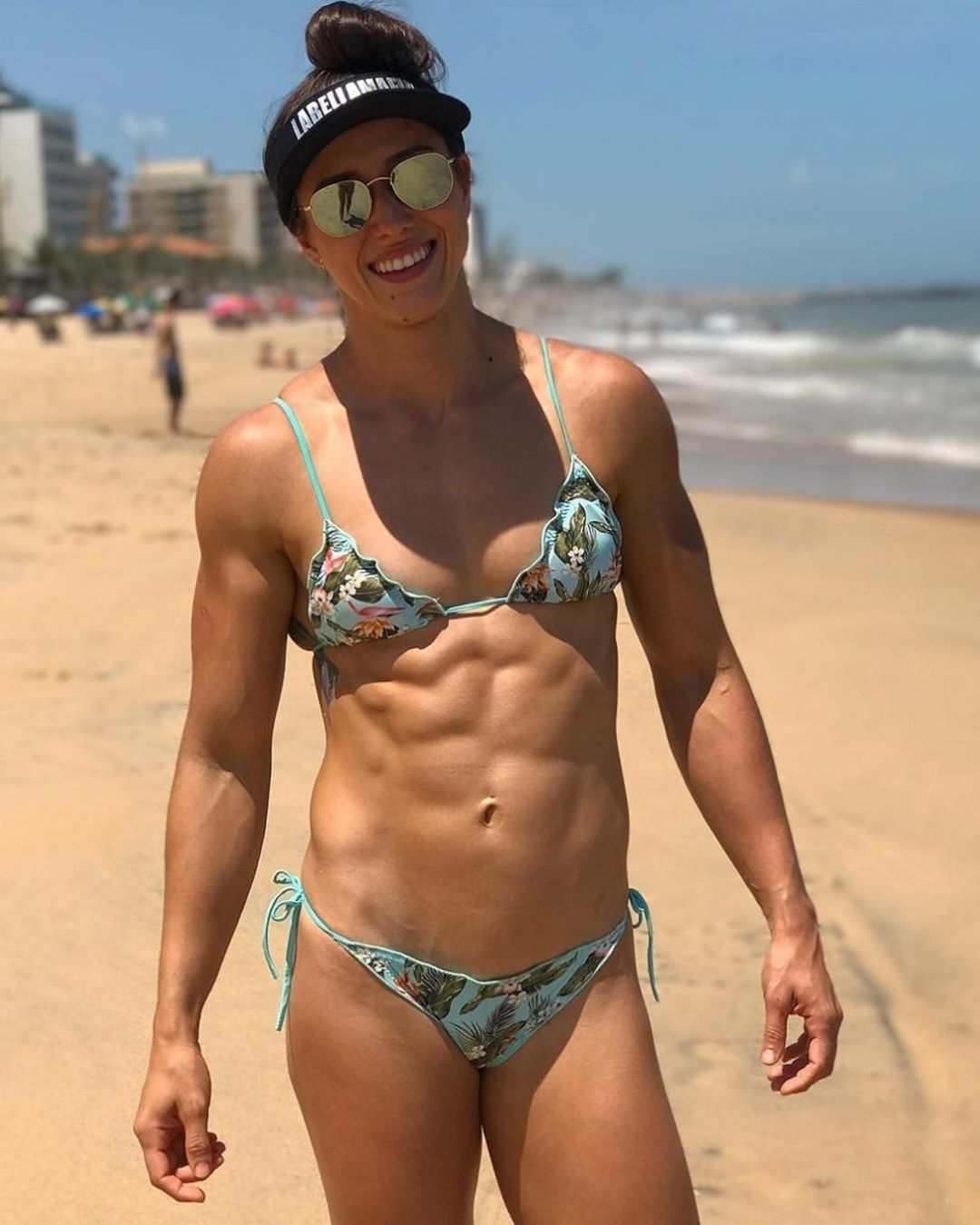 sexy babe with muscle body and toned biceps pic from reddit
