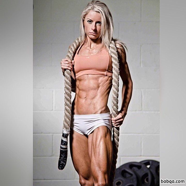 hot female bodybuilder with strong body and muscle legs pic from insta