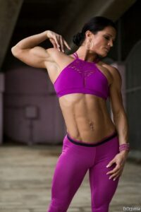 beautiful babe with strong body and muscle biceps pic from g+