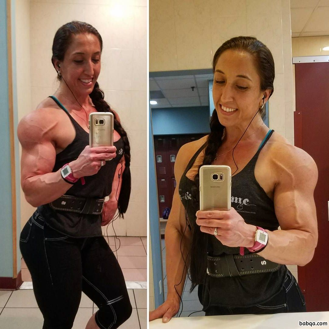 perfect female bodybuilder with muscular body and muscle bottom picture from instagram