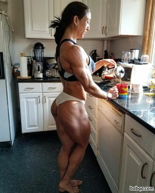spicy babe with muscle body and muscle booty repost from reddit
