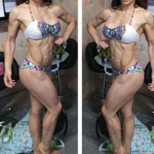 hottest female bodybuilder with muscle body and muscle arms pic from linkedin