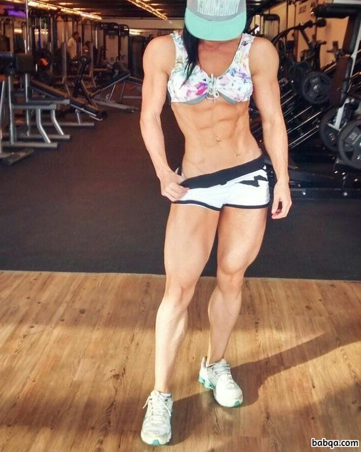hot chick with strong body and muscle legs pic from flickr