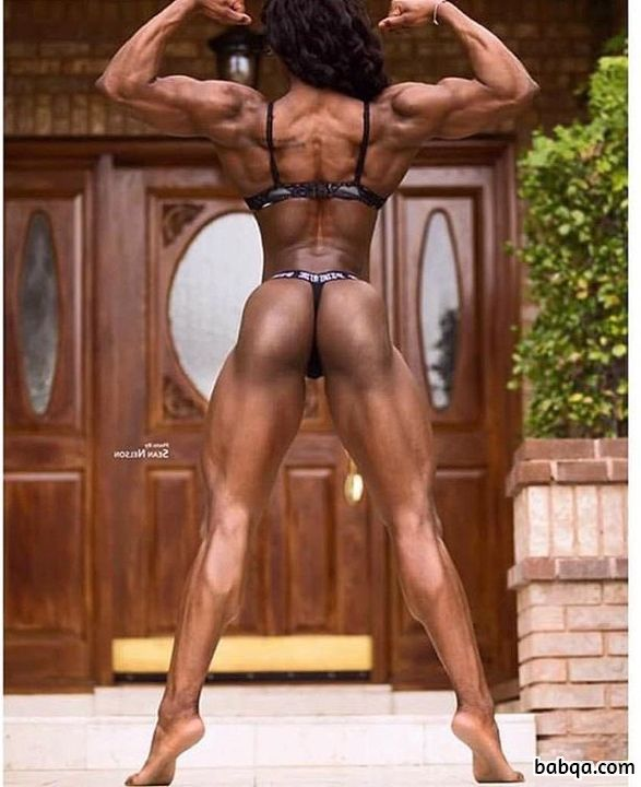 awesome chick with muscle body and muscle bottom post from reddit