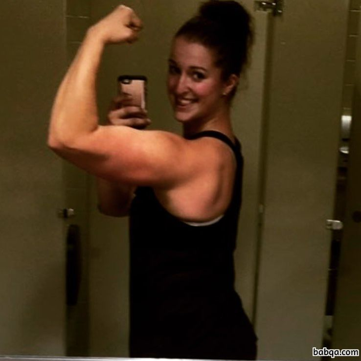 perfect lady with strong body and muscle legs pic from linkedin