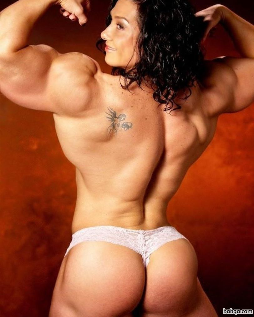 perfect lady with strong body and toned booty picture from g+