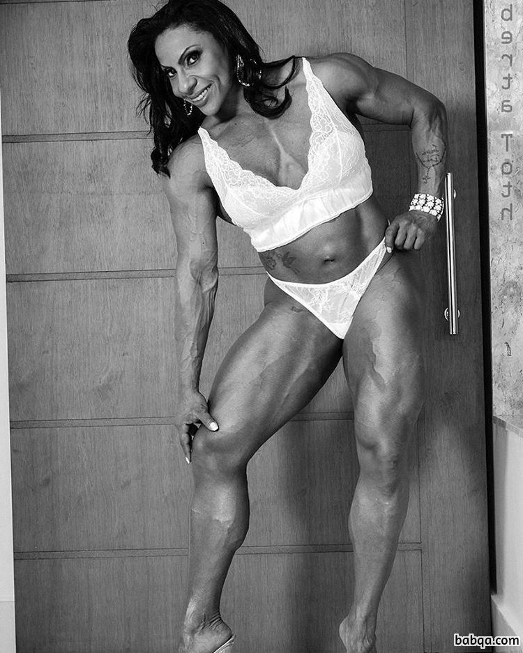 awesome chick with strong body and toned biceps image from tumblr
