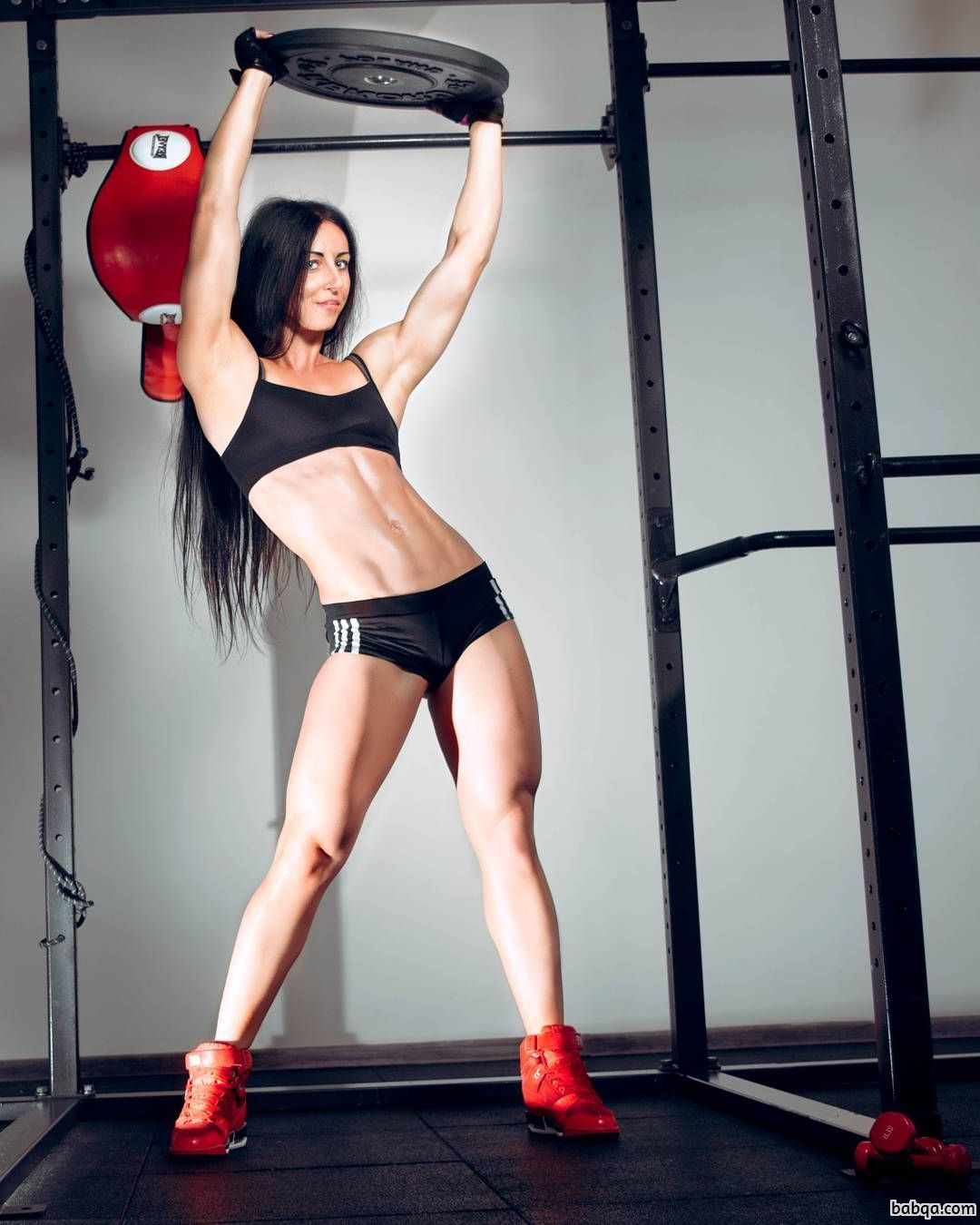 hot woman with muscular body and muscle legs picture from g+