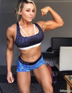 perfect female bodybuilder with muscular body and muscle bottom post from g+